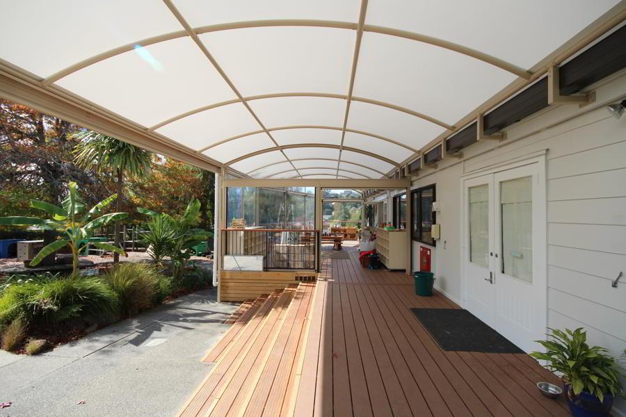 oaktree-kindergarten-canopy-fresco-shades-1