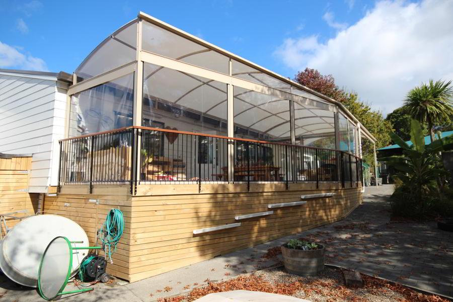 oaktree-kindergarten-canopy-fresco-shades-3
