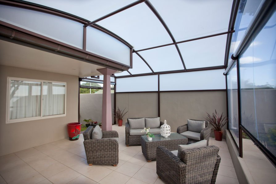 Fresco outdoor canopy with furniture